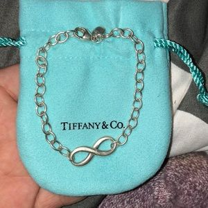 tiffany and co silver infinity bracelet